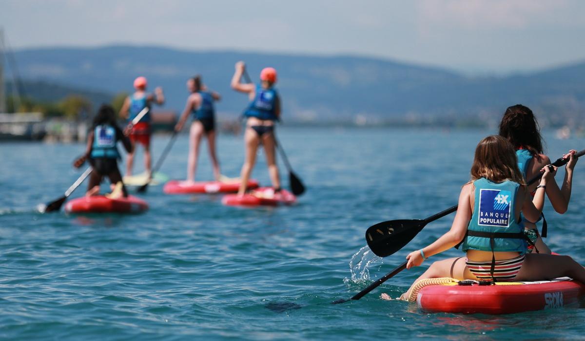 vacances avec club enfant annecy paddle