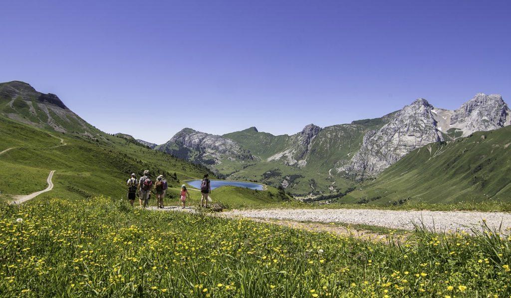 Randonnée au Grand Bornand © Savoie Mont-Blanc - Bijasson