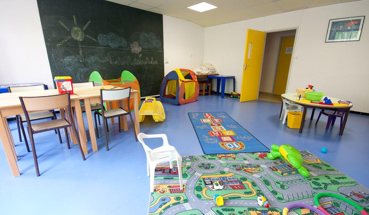 village-club avec club enfants en drôme