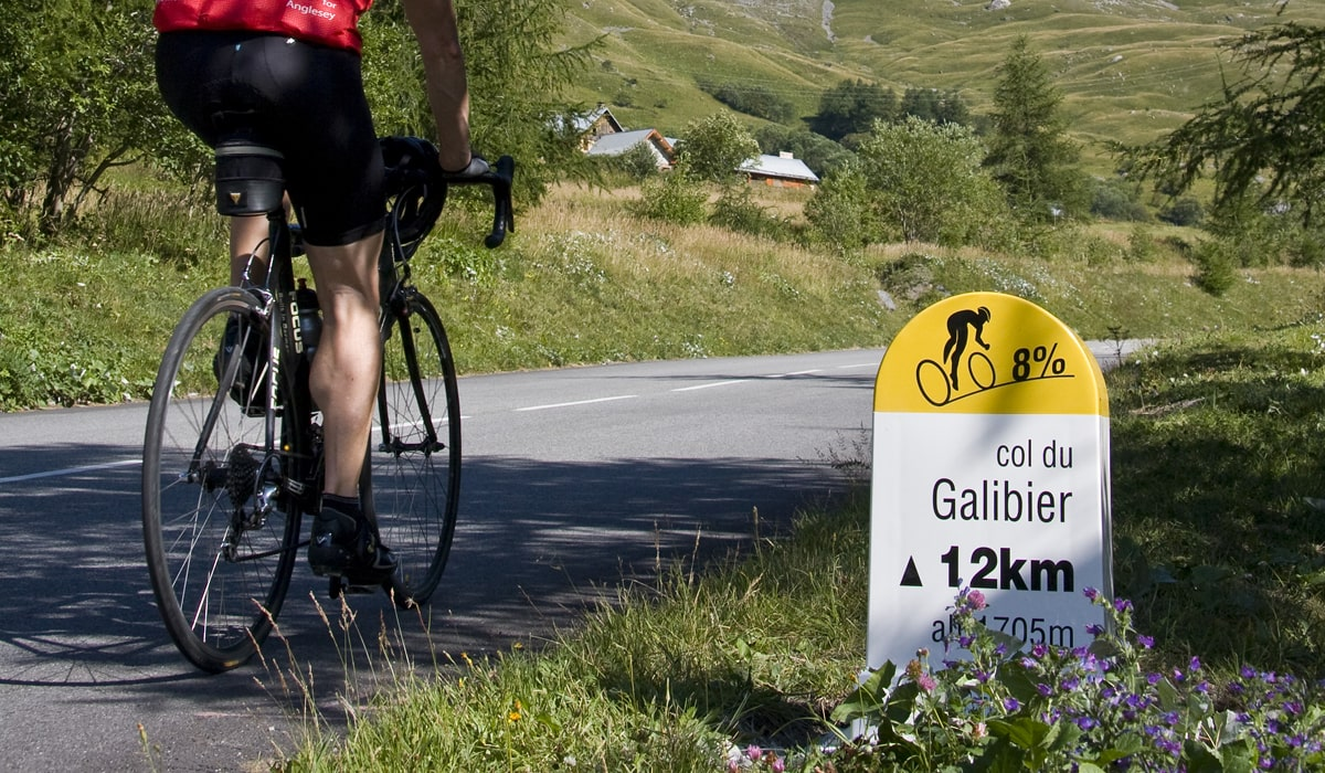 village-club pied du galibier cycliste